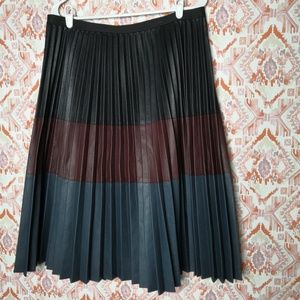 BCBG Elsa Faux Leather Pleated Knee Length Skirt L